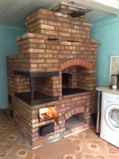 Bbq Firebox, Wood Burner Stove, Earth Bag Homes, Earthship Home, Gazebo Pergola, Cooking Stove, Rocket Stoves, Fireplace Inserts, Outdoor Kitchen Design