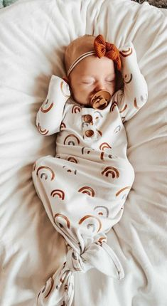 Cute Baby Names, Cute Babies, Newborn Outfits, Baby Boy Outfits, Baby Pictures, Baby Photos, Baby Life Hacks, Newborn Essentials, Wishes For Baby