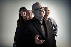 """Sem novidades, Pixies apostam em sua fórmula clássica em """"Head Carrier"""""""