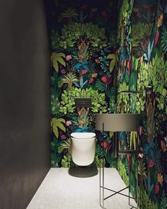 Green Tropical Leaves Wallpaper, Fresh Green Banana Leaf, Flowers Wall Decor Tropical Floral Wallpaper , Living Room - Healty fitness home cleaning Small Toilet, New Toilet, Wallpaper Decor, Bathroom Wallpaper, Leaves Wallpaper, Wc Decoration, Downstairs Toilet, Toilet Design, Colorful Trees