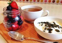 #healthybreakfast #eatclean #yoghurtandfruits #fitnessfood #getshredded #sixpack #energykick Get Shredded, Dory, Clean Eating, Pudding, Nutrition, Desserts, Blog, Healthy Crock Pot Meals, Tailgate Desserts