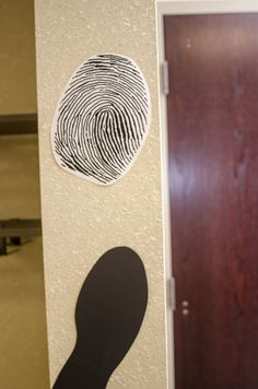Easy decorations -- fingerprint and shoeprint