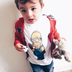 Homer à la mode, nos petits aussi ! Monsieur Tshirt, Book Instagram, T Shirt, Graphic Sweatshirt, Onesies, Sweatshirts, Books, Kids, Clothes