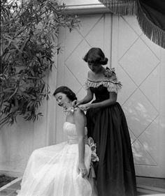 1940s Formal Dresses, Prom Dresses, Cocktail Dresses History. 1948 Girls Getting Ready for Prom  #1940sfahsion  #prom