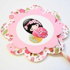 festa boneca japonesa - Pesquisa Google http://www.papermint.com.br/super-topper-para-bolo.html