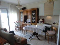 Πώληση Διαμέρισμα Εύοσμος. Εύοσμος πάνω από τον περιφερειακό πωλείται διαμέρισμα(γκαρσονιέρα) 45 τ.μ. 2ος  με 1 δωμάτιο, σαλοκουζίνα, μπάνιο, θέα κ