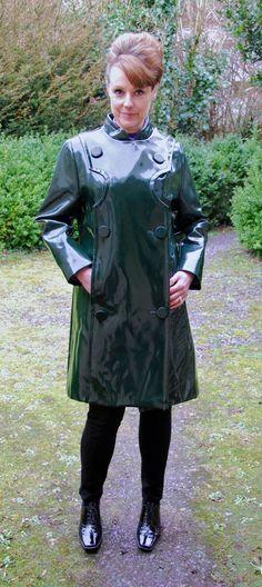 Raincoats For Women Shape Key: 7584203549 Vinyl Raincoat, Green Raincoat, Raincoat Jacket, Hooded Raincoat, Long Raincoat, Plastic Raincoat, Black Rain Jacket, Savages, Outfit