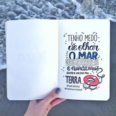 Quote pra quando for pra praia! Calligraphy Letters, Typography Letters, Caligraphy, Brush Lettering, Lettering Design, Lettering Tutorial, Some Words, Bullet Journal, Thoughts
