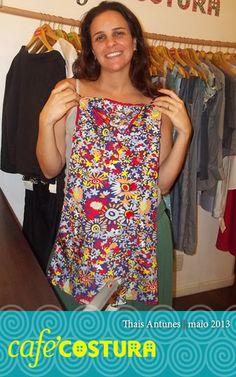 Thais Antunes - Muitas flores nesse vestidinho lindo para a sobrinha da Thais!