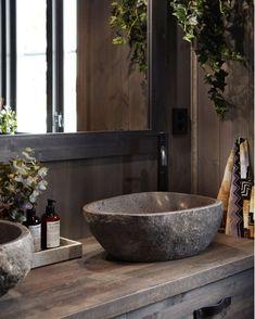 Cabin Bathrooms, Dream Bathrooms, Rustic Bathroom Designs, Bathroom Interior Design, Rustic Interiors, Cabin Interiors, Rooftop Restaurant, Tadelakt, Cabin Homes