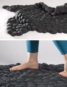Pebbles Carpet by Neora Zigler - Design Milk Design Textile, Tapis Design, Moderne Pools, Homemade Modern, Textiles, Old Doors, Decorating On A Budget, Rug Making, Rugs On Carpet