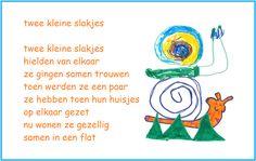 * Versje: Twee kleine slakjes... Poetry, Letters, School, Letter, Poetry Books, Lettering, Poem, Poems, Calligraphy
