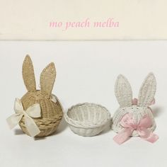 Craft Stick Crafts, Easy Crafts, Diy And Crafts, Peach Melba, Paper Weaving, Newspaper Crafts, Easter Bunny Decorations, Paper Basket, Crochet Patterns For Beginners