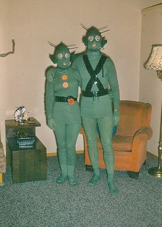The Clementines' matching costumes for the annual Country Club Halloween Party… halloween retro Vintage Halloween Costumes - Color Retro Futurism, Photo, Vintage Photos, Pics, Creepy, Retro, Art, Vintage Halloween Photos, Vintage