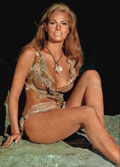 Raquel Welch - One Million Years B.C. (1966)