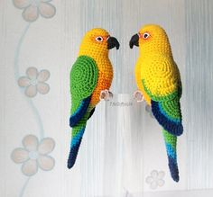 Crochet Bird Patterns, Crochet Birds, Crochet Patterns Amigurumi, Crochet Animals, Crochet Designs, Crochet Crafts, Yarn Crafts, Crochet Flowers, Crochet Toys