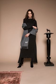 Graphite grey cashmere scarf, with art deco bird embroidery. Bird Embroidery, Cashmere Scarf, Straight Cut, Gray Dress, Graphite, Midi Skirt, Goth, Skirts, Dresses