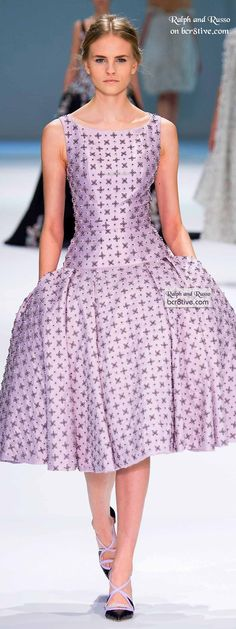 Ralph & Russo Spring 2015 Couture was a walk through designs reminiscent of a by gone era of style dresses and palatial runway gowns. 50 Style Dresses, Gala Dresses, Nice Dresses, Amazing Dresses, Ralph And Russo, Purple Fashion, Couture Fashion, Clothes For Women, Purple Things
