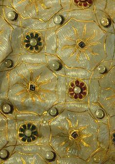 """theladyintweed: """"Details of Portraits of Elizabeth i """""""