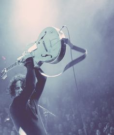 Jack White was amazing yesterday, such a great stage presence and wonderful energy!