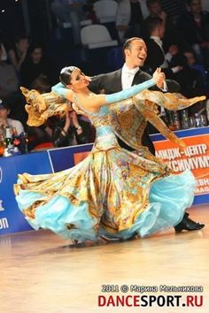 Federico Di Toro and Anastasia Tarlykova at the IDSF World Cup 2011. Visit http://ballroomguide.com/workshop/standard.html for info about Standard workshops from the pros.