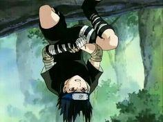 upside down sasuke Anime Naruto, Sasuke And Itachi, Kakashi Sensei, Naruto Cute, Sakura And Sasuke, Cat Anime, Manga Anime, Anime Boys, Naruto Shippuden