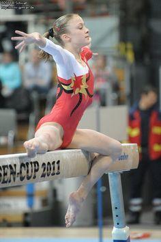 Harny - Home Decor - Gymnastics Images, Sport Gymnastics, Artistic Gymnastics, Olympic Gymnastics, Gymnastics Leotards, Gymnastics Problems, Olympic Games, Flexibility Dance, Gymnastics Flexibility