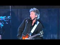 DAVID GILMOUR ▲ ROGER WATERS   Comfortably Numb - YouTube