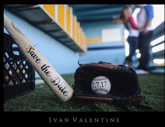 Save the Date Baseball Set - how cute is this for your engagement photos? Baseball Boudoir, Baseball Engagement Photos, Engagement Pictures, Baseball Proposal, Softball Wedding, Sports Wedding, Save Date, Save The Date Photos, Unique Save The Dates