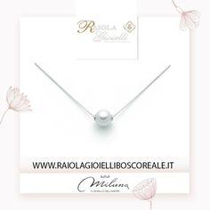#Argento e #Perla #Miluna, il massimo della classe, per chi sceglie l'#eleganza tutti i giorni! Prezzo a partire da € 25,00  La trovi su http://www.raiolagioielliboscoreale.it/perle/1317-collana-miluna-giro-perla.html  #RaiolaGioielliBoscoreale #SoloCoseBelle #Jewel #Jewelry #Boscoreale #Trand #Shoponline