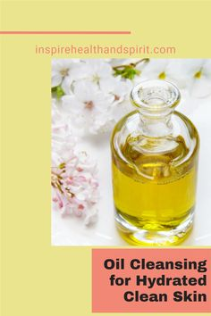 A clean face doesn't mean you have to use chemical heavy skincare products. Try this easy oil cleansing method to have healthy and hydrated skin. #skincare#naturalbeauty#diybeauty#cleanbeauty#healthandwellness#holistinchealth#naturalskincare#facewash Holistic Wellness, Holistic Healing, Health And Wellness, Health And Beauty, Clean Beauty, Diy Beauty, Spirit Website, Pms Remedies, Oil Cleansing Method
