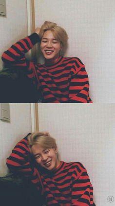 jimin ~ bts ~ kpop ~ korea ----------------------------------------He's very cuuuuute😍 Taehyung, Namjoon, Hoseok, Park Ji Min, Bts Jimin, Bts Bangtan Boy, Foto Bts, Mini E, Oppa Gangnam Style