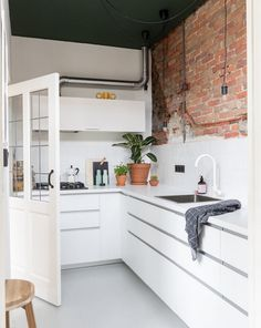 my scandinavian home: kitchen with exposed brick wall Skandi Kitchen, Faux Brick Wallpaper, Brick Interior, Gravity Home, Scandinavian Living, Home Renovation, Home Decor Inspiration, Kitchen Design, House