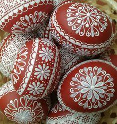 Kraslice-červená / Zboží prodejce ZS-relief   Fler.cz Paint Drop, Egg Art, Egg Decorating, Line Design, Painted Rocks, Easter Eggs, Decoupage, Diy And Crafts, Holiday