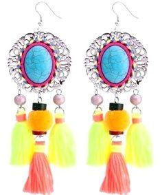https://www.goedkopesieraden.net/Oorbellen-hangers-met-gekleurde-tassels-en-steentjes