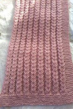 Hand Knitting Women's Sweaters - Her Crochet Knitting Machine Patterns, Easy Knitting Patterns, Knitting Stitches, Knitting Designs, Baby Knitting, Crochet Cardigan Pattern, Knit Or Crochet, Diy Crafts Knitting, Bedspread