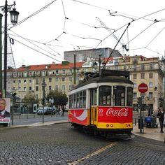Viagens na Minha Terra #portugal #lisboa #lisboalive #lisbon #lisbonlovers #lisboapt #igerslisboa #igersportugal #portugaldenorteasul #ok_portugal #amar_portugal #wu_portugal #ig_portugal #vsco #portugalcomefeitos #p3top #blackandwhite #lisboalovers #lisboacool #igers #photo #amar_lisboa #ig_lisboa #lisbona #europe #streetart #instatravel #visitlisbon #portugal_de_sonho #loves_portugal