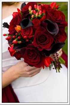 Wedding, Flowers, Red - Photo by Boutwell Studios