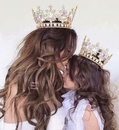 39 Ideas For Baby Girl Princess Mother Daughters Mother Daughter Pictures, Mother And Child, Mother Daughters, Future Daughter, Daughter Love, Mother Daughter Matching Outfits, Kind Photo, Mommy And Me Photo Shoot, Mother Daughter Photography