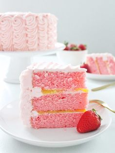 Cake by Courtney: Strawberry Lemonade Cake