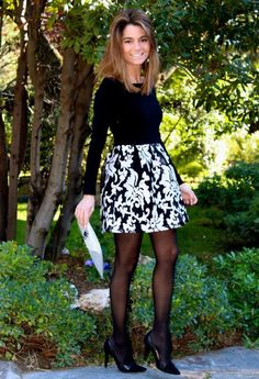 Just-Tights Blog NEW Tights-Review.com Tights-Review features links to sales on tights, reviews of tights, articles about tights, and images of bloggers styling different tights with a multitude of outfits. Stop by and take a look. While you are...