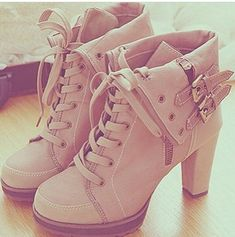 Tough looking heels! with a pair of loose jeans? Yes !