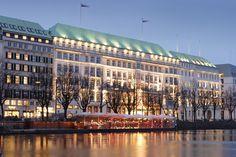 Fairmont Hotel Vier Jahreszeiten, Hamburg, Germany