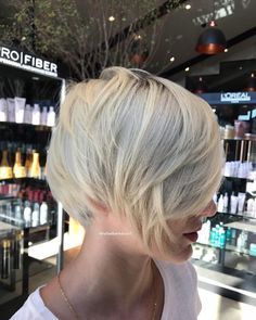 70 Best Bob Haircuts - Stunning Bob hairstyles for Women 2019 Blonde Bob Haircut, Bob Haircut With Bangs, Short Hair With Bangs, Short Hair Cuts, Short Hair Styles, Shorter Hair, Inverted Bob Haircuts, Best Bob Haircuts, Cute Short Haircuts