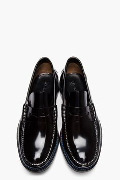 PS PAUL SMITH Black Patent Leather Hand-Stitched Loafers. Can anyone tell me what season/year this pair came out ? It's not available on the Paul Smith website.