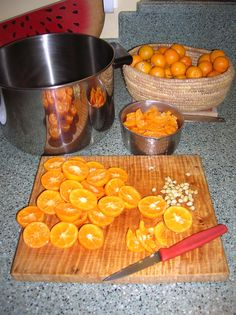 Calamondin marmalade  http://gardeningonthego.wordpress.com/2012/03/05/making-marmalade-from-the-calamondins/