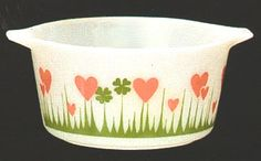 Need this!  This is the most adorable pattern and four leaf clovers for good luck!