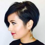 Best Short Layered Pixie Cut Ideas In every period of rapidly changing hair trends, short pixie cuts can be an excellent experience Short Pixie Haircuts, Short Hair Cuts, Short Hair Styles, Undercut Hairstyles, Hairstyles Haircuts, 2018 Haircuts, Short Undercut, Latest Hairstyles, Pelo Guay
