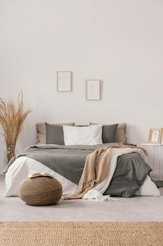 Taupe Rooms, Taupe Bedroom, Taupe Bedding, Beige Room, Grey Duvet, Feminine Bedroom, Linen Bedroom, Beige Walls, Bed Linen