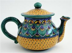 Debora Teapot Deruta Italian Pottery - I have a vase in the same pattern. Gorgeous!